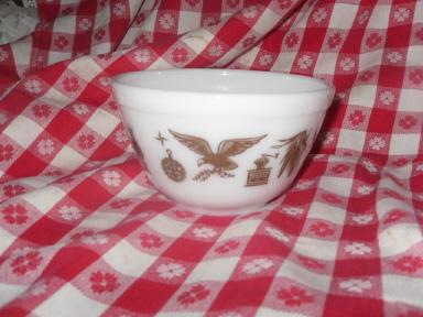 Vintage Early American Pattern Pyrex Mixing Bowl
