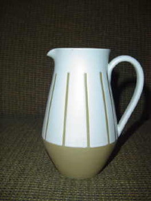 Bourne Denby Pitcher