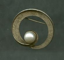 CORO Pegasus Wreath Pin