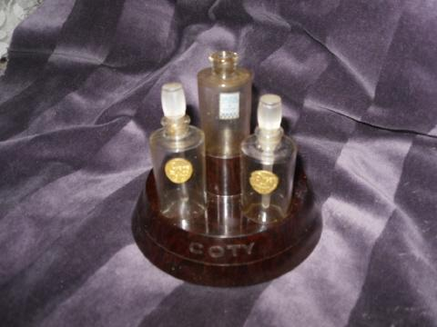 Vintage Coty Perfume Bottle Presentation Box Set   **RARE**