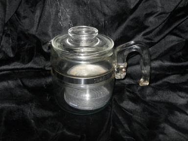 Vintage Pyrex Glass Coffee Percolator Pot   Large  9 CUP **w/Basket & Lid**