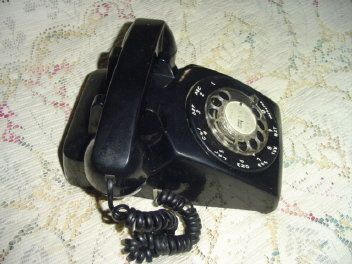 Vintage Black Rotary Dial Desk Telephone