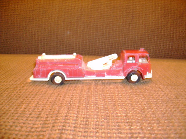 Die Cast Tootsie Toy Fire Truck
