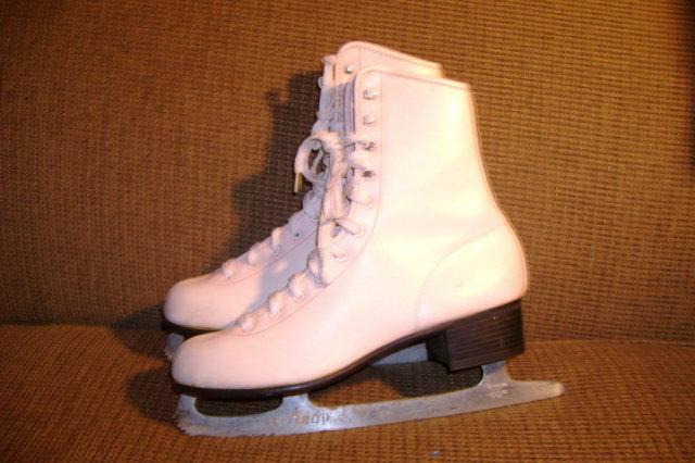 Vintage Ice Skates