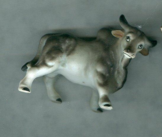 Brahma Bull Pair