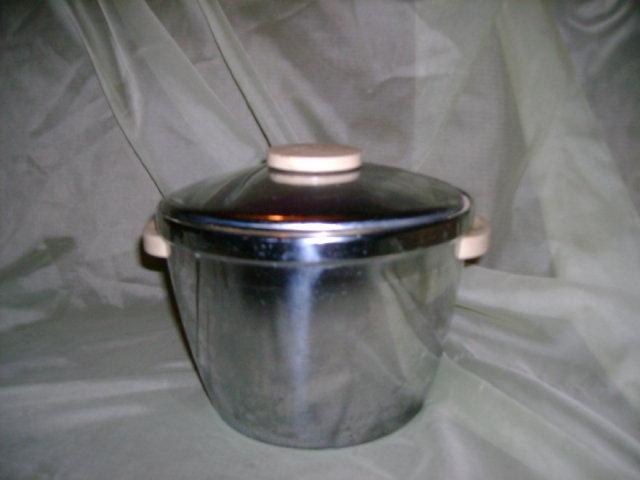 Retro Chrome Ice Bucket by Thermos