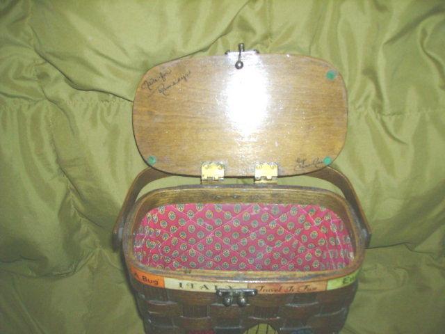 Vintage 1960's Basket Handbag or Purse