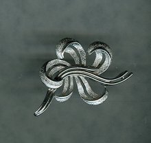 Vintage  Trifari Stylized Flower Brooch