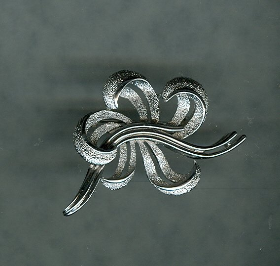Vintage  Trifari Stylized Flower Brooch