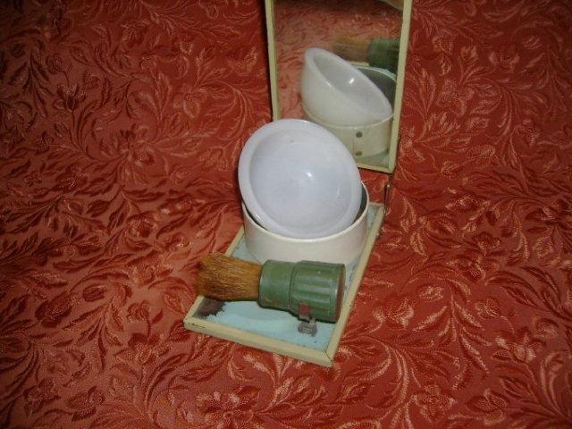 Vintage Rubberset Enamelware Folding Shaving Kit