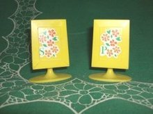 Vintage Pedestal Salt & Pepper Shakers