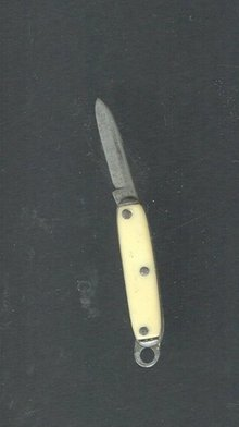 Vintage Miniature Knife