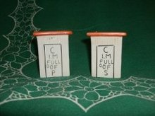 Vintage  Out House Salt & Pepper Shakers (JAPAN)