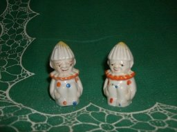 Vintage Reamer Clown Salt & Pepper Shakers **BOOK PIECES**
