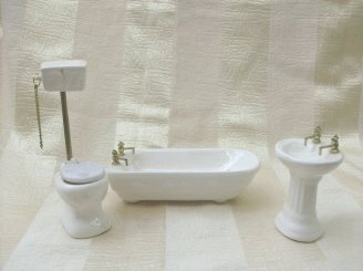 3 Piece Porcelain Bathroom Set