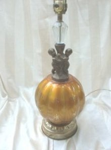 Vintage Crystal, Glass & Cherub Table Lamp