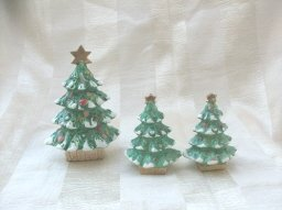 Vintage Holt Howard Christmas Tree 3 Piece Set  Salt & Pepper Set & ToothpIck Holder  **RARE**
