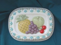 Ceramic Kitchen Mold w/Fruit Decoration