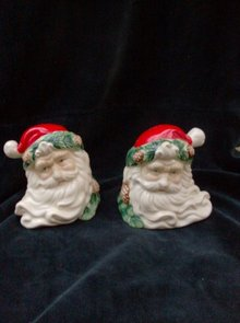 Santa Claus Christmas Salt & Pepper Shakers