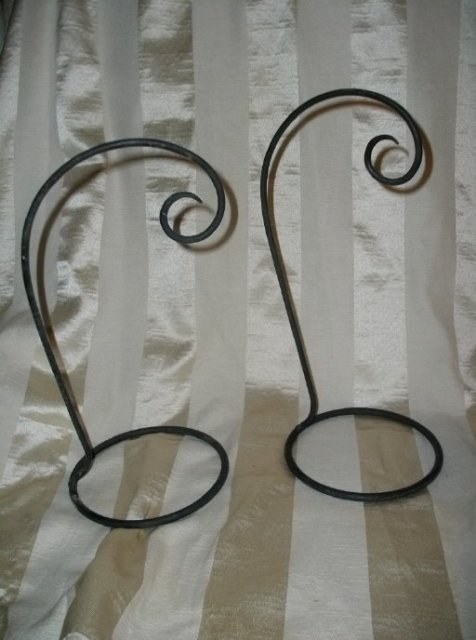 Cast Iron Ornament Holder or Collectible Display