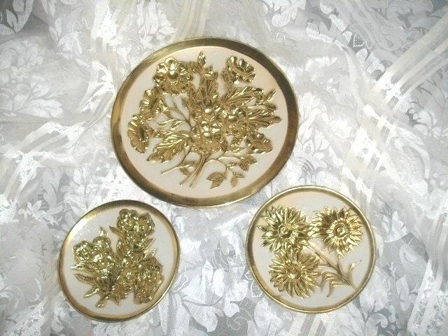 Vintage Enamel & Brass Plate Set  ** Made in England
