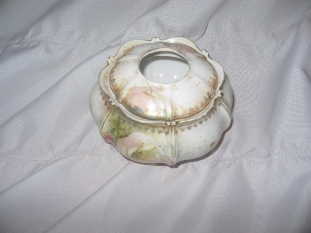 Antique R S Prussia Porcelain Hair Receiver