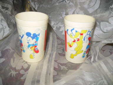 Vintage Mickey Mouse Mousercise Juice Tumbler Set