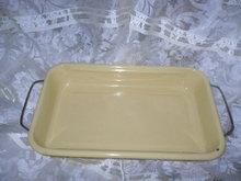 Vintage Pale Yellow Enamelware Baking Dish