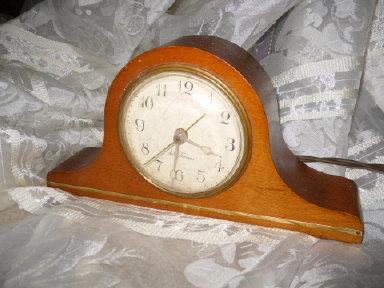 Vintage Seth Thomas Mantle Alarm Clock