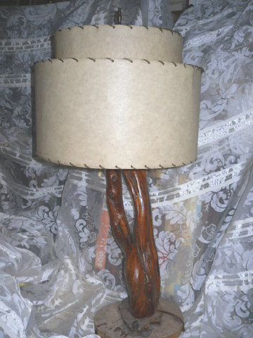 Vintage Mid Century Modern Drift Wood Table Lamp w/Fiberglass Shade