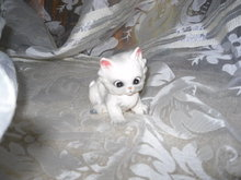 Vintage Josef Original Porcelain Kitty Cat