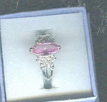 18 kt White Gold Plate Pink Marquis Ring