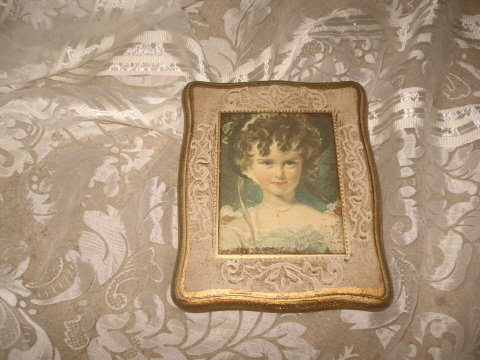 Vintage Mele' Jewelry Box