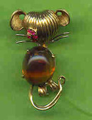 Brooch Stylized Mouse 14 Kt. and Topaz