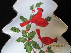 Lefton Tree-Shaped Candy Dish with Cardinals