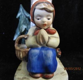 Napco Praying Girl Vintage