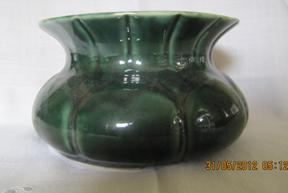 Ladies Green Pottery Spittoon/Cuspidor