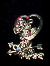 Weiss Heart Pin