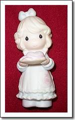 Precious Moments Charter Member Figurine - You're the Sweetest Cookie in the Batch