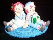 Christmas Ornament  Hallmark - A Gift for Raggedy Ann 2003