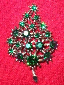 Weiss Green Rhinestone Christmas Tree Brooch