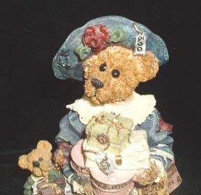 Boyds Bears Grace & Jonathan Born to Shop