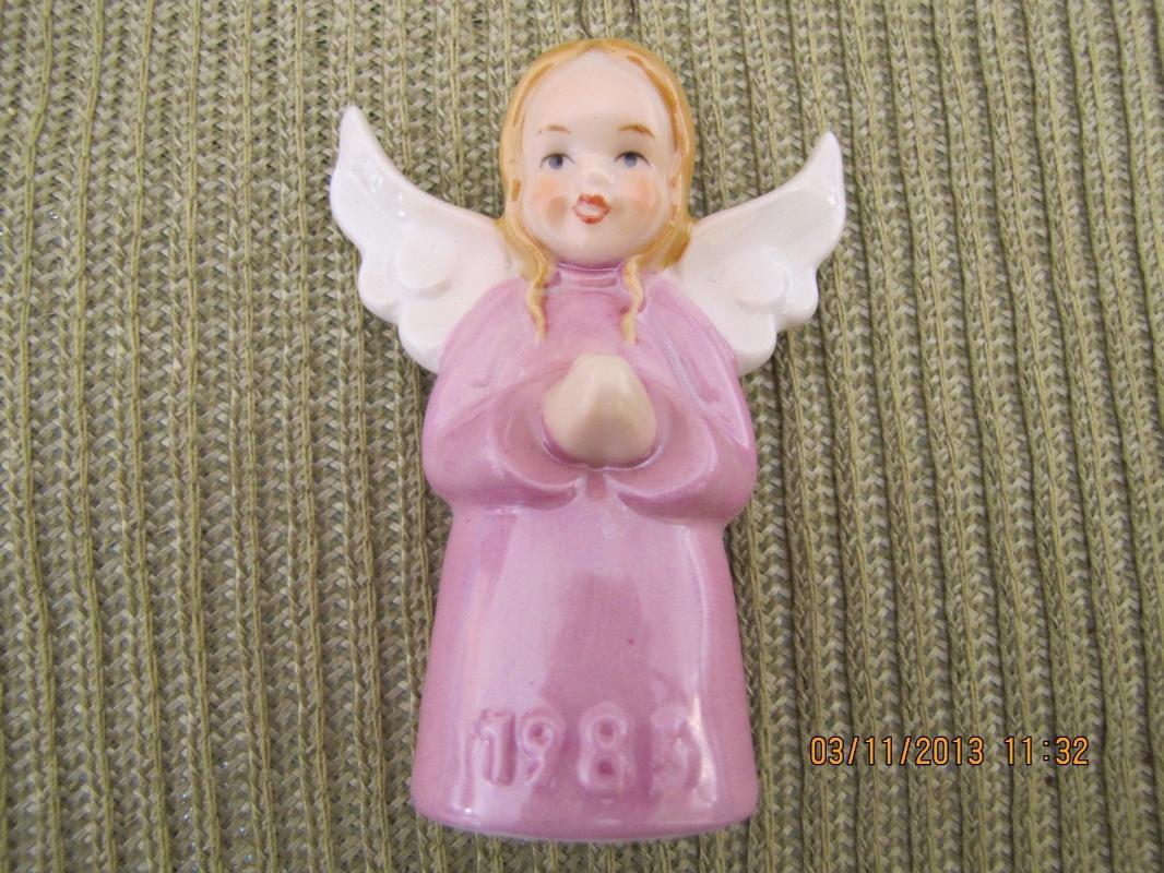 Goebel Annual Ornament 1985 Eighth Edition Angel