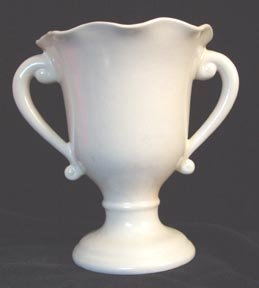 Red Wing Rumrill #506 White Vase