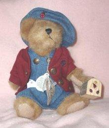 Boyds Bears Bailey with Bug Box