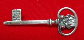 Russian Key Silver Pin .875