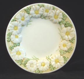 Metlox Poppytrail Sculptured Daisy Small Plate