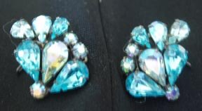 Wing Back Earrings - Turquoise Rhinestone