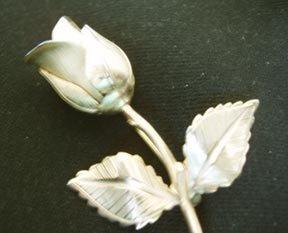Rose Pin Goldtone