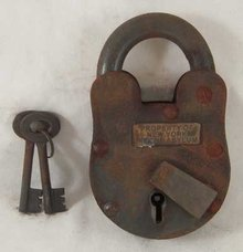 IRON PADLOCK BRASS NEW YORK INSANE ASYLUM TAG